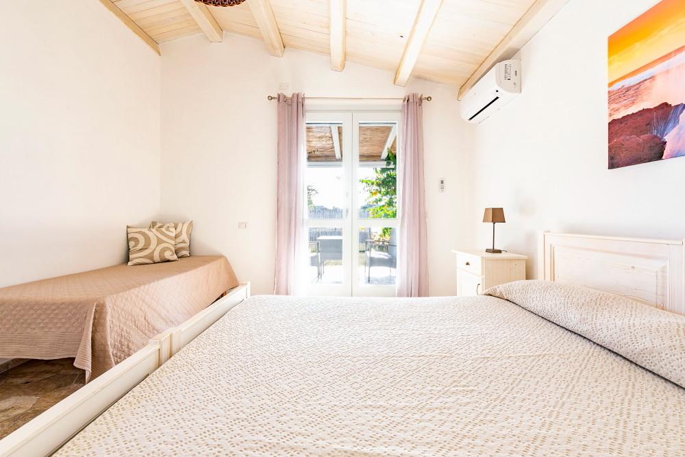 camera-doppia-calasetta-spiaggia-grande